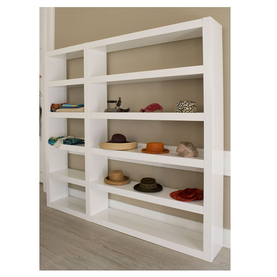 Denso White Triple Contemporary Shelves Room