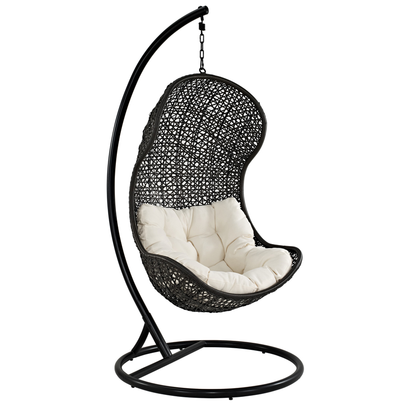 hanging chair. Outdoor Hanging Chair