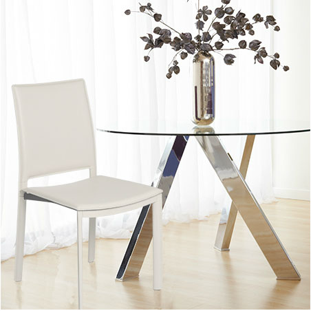Kamusi Chair with Fremont Table