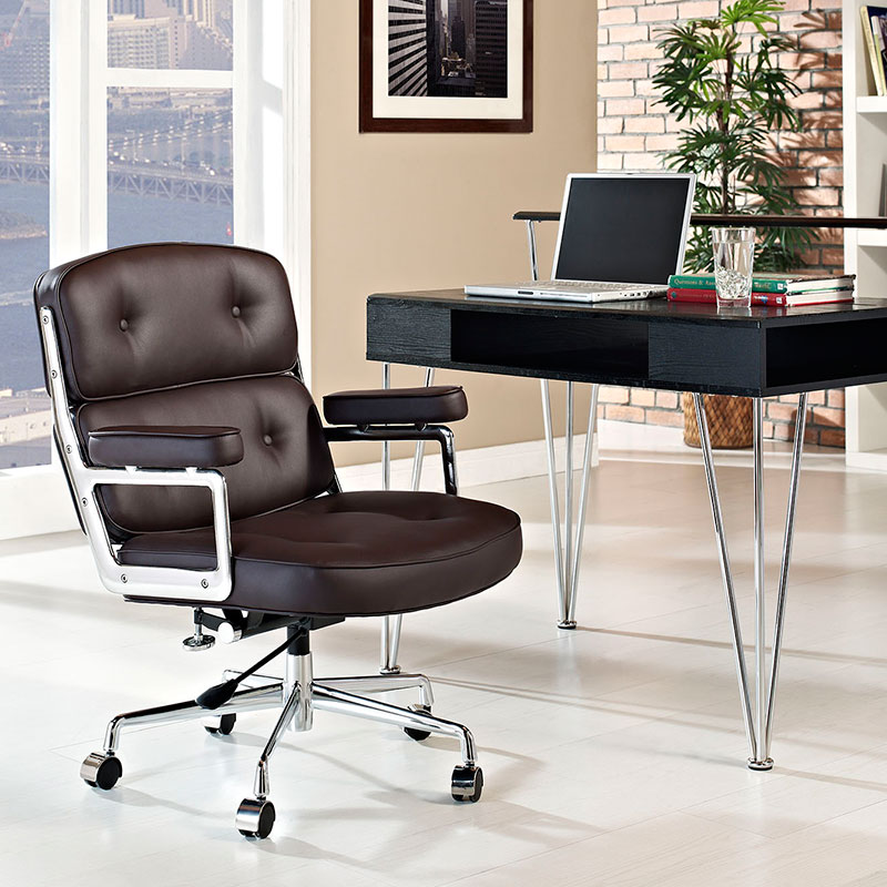 Retro Office Chair in Brown