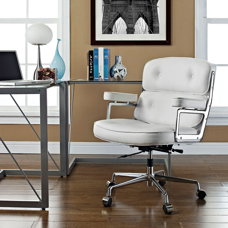 Retro Office Chair in White
