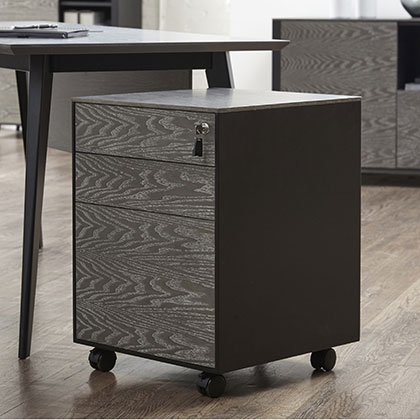 The Oslo Modern Office Furniture Collection at Eurway.com