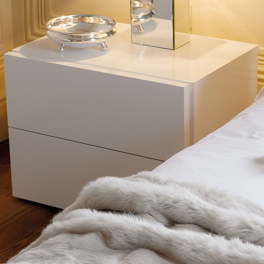 Float White Contemporary Nightstand Room