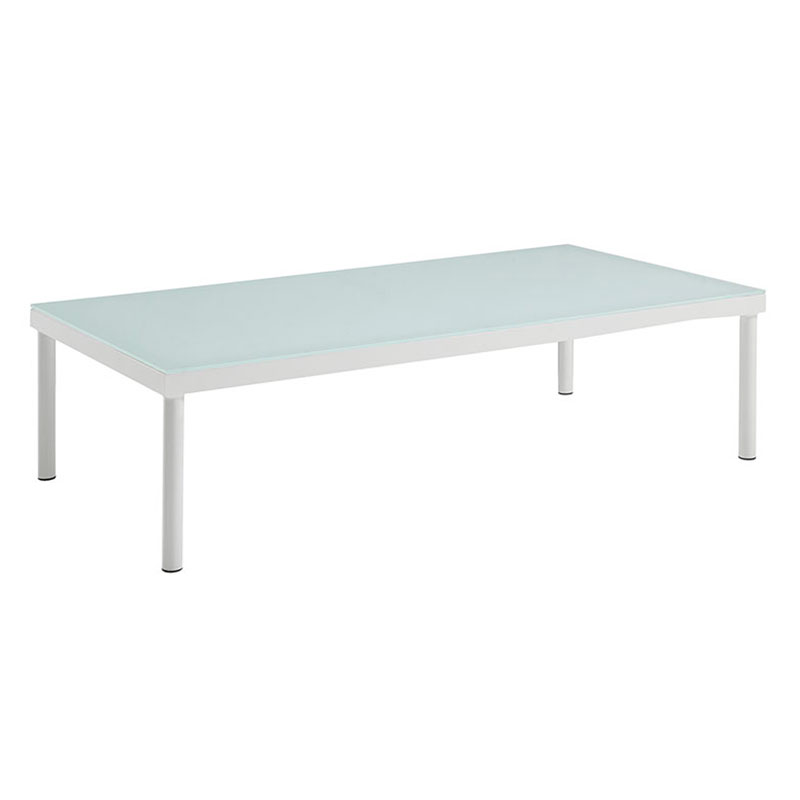Hipnotizing white outdoor coffee table for Hipnotizing white outdoor coffee table